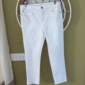 Women's jeans. J.Jill. White.   Straight